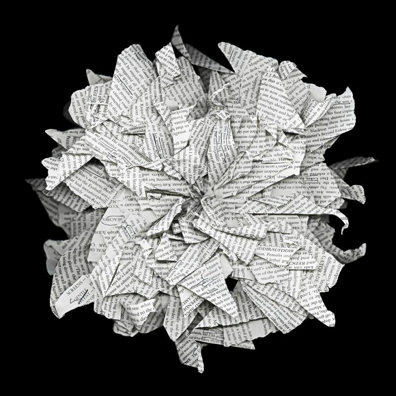 Kitap Sayfalarından Çiçek Floral Sanat Kanvas Tablo