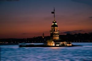Kız Kulesi 12 Mavi Gece Dünyaca Ünlü Şehirler Kanvas Tablo