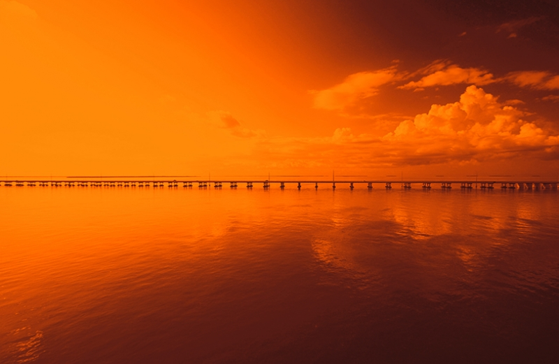 Köprü Kızıl Bulut Romantik Manzara Kanvas Tablo