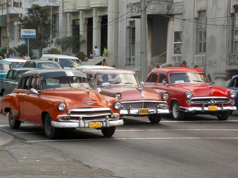 Küba Klasik Araçlar 2 Kanvas Tablo