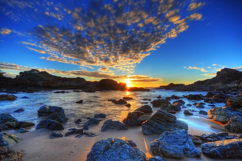 Kumsalda Gün Batımı Kayalıklar Deniz 2 Doğa Manzaraları Kanvas Tablo