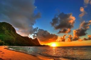 Kumsalda Gün Batımı Kayalıklar Deniz 3 Doğa Manzaraları Kanvas Tablo