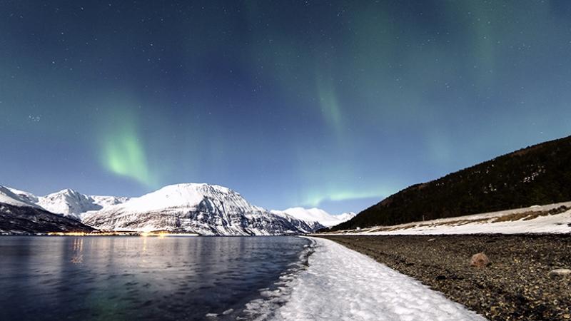 Kumsaldan Kış ve Gökyüzü Manzarası Kanvas Tablo