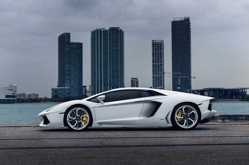 Lamborghini Aventador Araçlar Kanvas Tablo