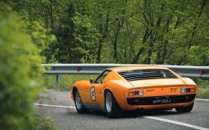 Lamborghini Miura Klasik Spor Otomobil Turuncu Kanvas Tablo