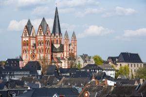 Limburg Katolik Kilisesi Almanya Şehir Manzaraları Kanvas Tablo