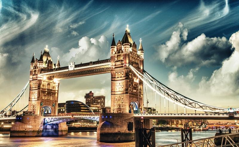 Londra Tower Köprüsü Gece Dünyaca Ünlü Şehirler Kanvas Tablo