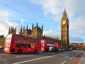 Londra Yolu Şehir Manzarası Dünyaca Ünlü Şehirler Kanvas Tablo