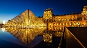 Louve Museum Gece Şehir Manzarası Dünyaca Ünlü Şehirler Kanvas Tablo