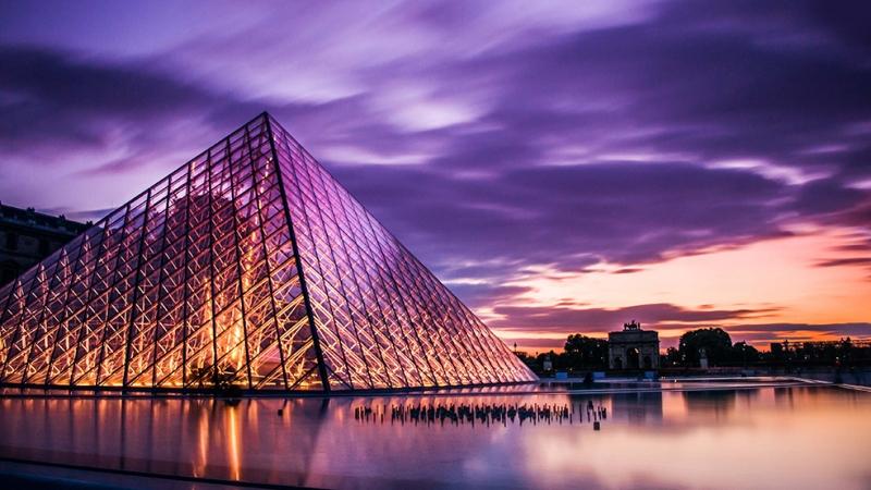Louvre Müzesi Şehir Manzarası Dünyaca Ünlü Şehirler Kanvas Tablo
