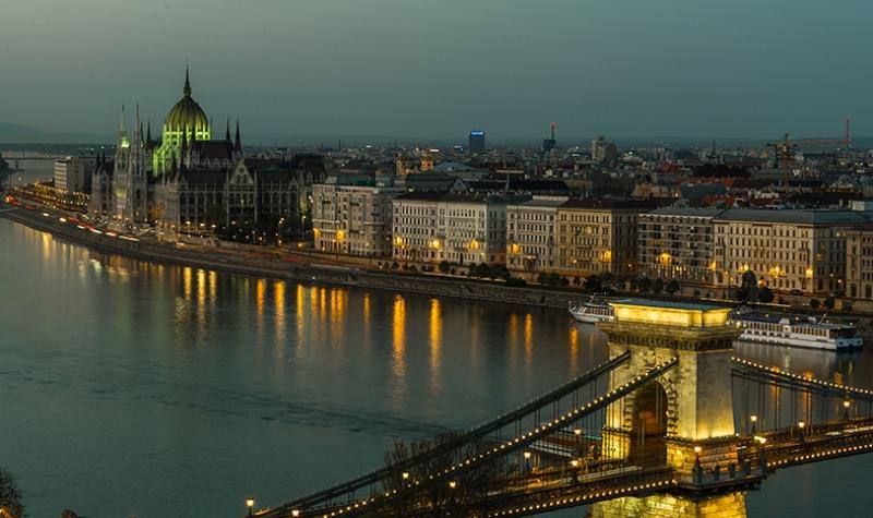 Macaristan Manzarası Dünyaca Ünlü Şehirler Kanvas Tablo