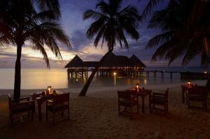Maldivler Gün Batımı Kumsal Doğa Manzaraları Kanvas Tablo