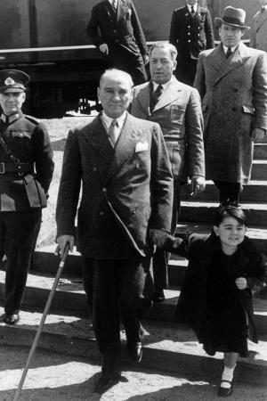 Mustafa Kemal Atatürk-12 Kanvas Tablo