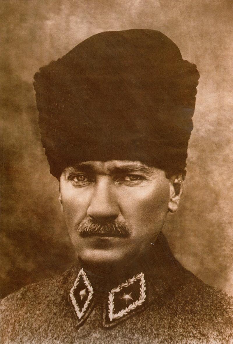 Mustafa Kemal Atatürk Portre-4 Kanvas Tablo