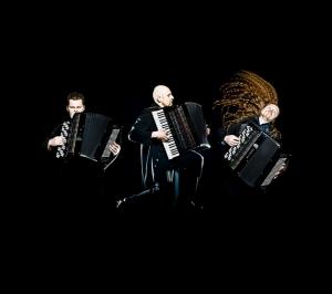 Müzik Grubu Enstruman Akordiyon Yağlı Boya Sanat Kanvas Tablo