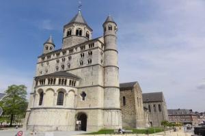 Nivelles Sainte Gertrude Kilisesi Belçika-2 Dini İnanç Kanvas Tablo