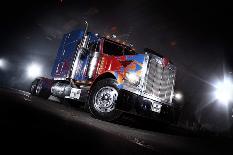 Optimus Prime Transformers Tır Kanvas Tablo
