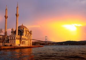 Ortaköy Camii ve Günbatımı Boğaz Manzarası Dünyaca Ünlü Şehirler Kanvas Tablo