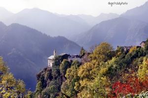 Piemonte Azzurro İtalya Dağ Evleri Doğa Manzaraları Kanvas Tablo