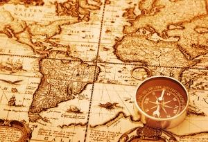 Pusula ve Eski Harita Fotoğraf Kanvas Tablo