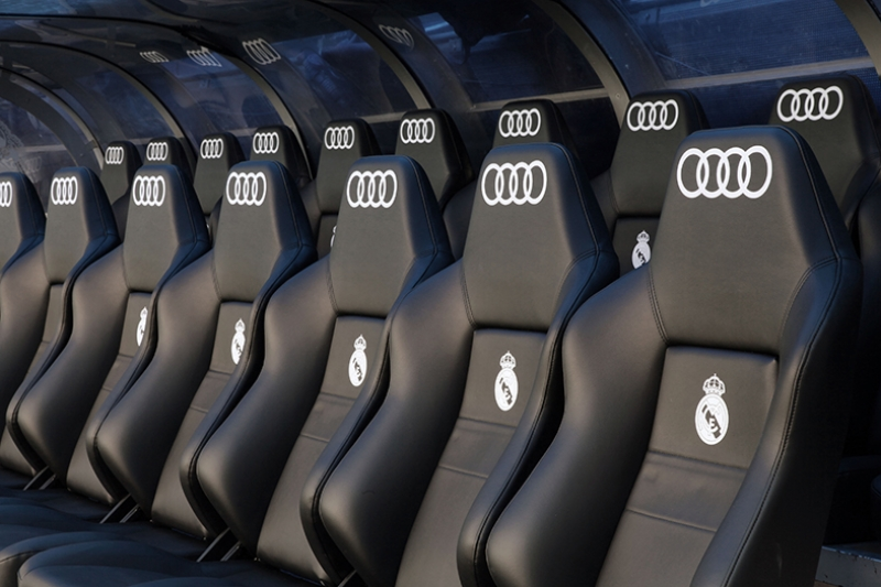Real Madrid Yedek Kulubesi Spor Kanvas Tablo