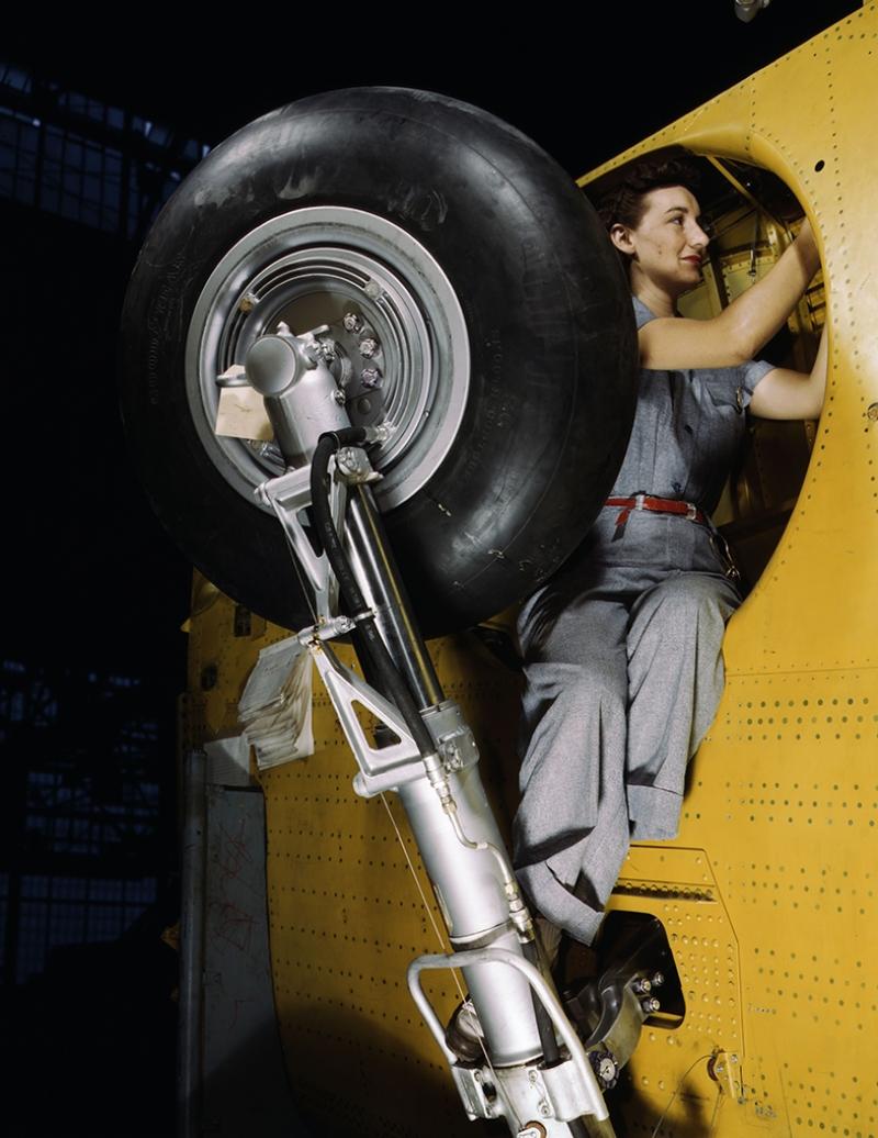 Retro İşçi Kadın 3 Fotoğraf Kanvas Tablo