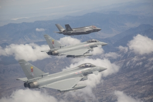 Savaş Küçük Uçak Jet Gri Gökyüzü Kanvas Tablo