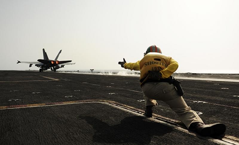 Savaş Uçak Gemi Kalkış Askeri Kanvas Tablo