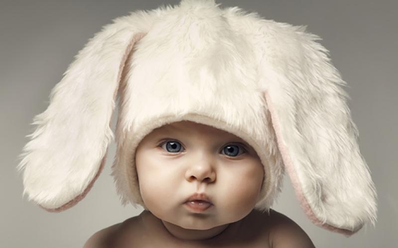 Sevimli Bebek Portre Tavşan Kostüm Bebek & Çocuk Dünyası Kanvas Tablo