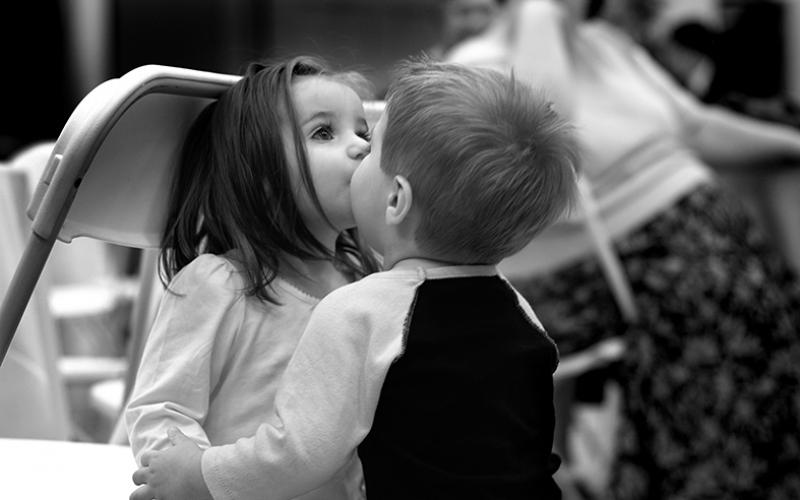 Sevimli Çift Siyah Beyaz Bebek & Çocuk Dünyası Kanvas Tablo