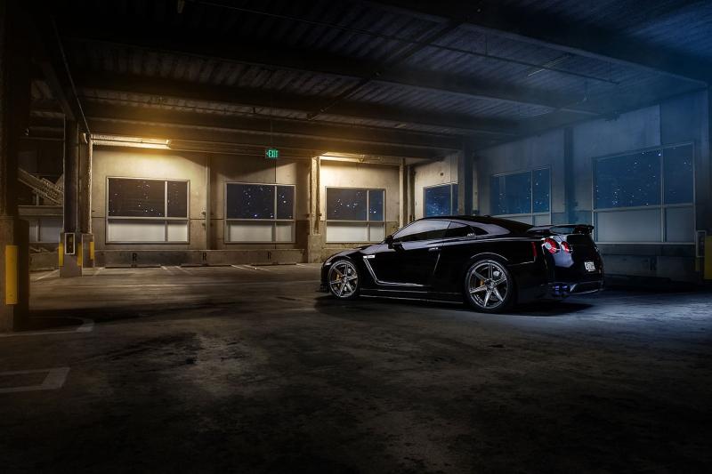 Siyah Nissan ADV 1 GTR Poster Goruntusu Spor Otomobiller Kanvas Tablo