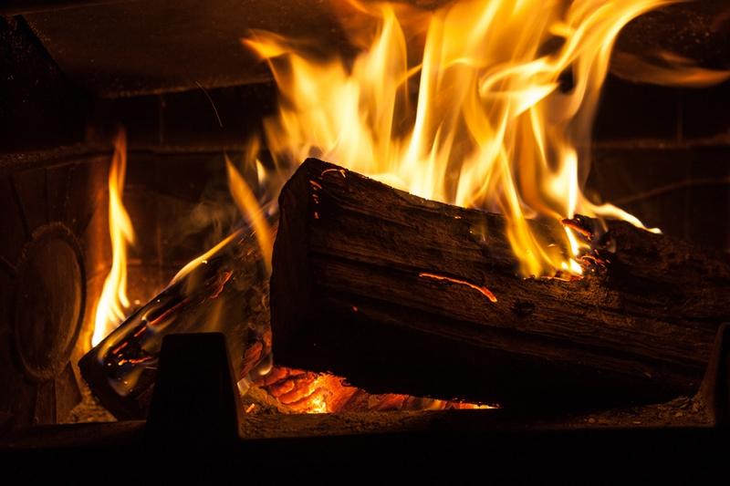 Şömine Ateşi Fotoğraf Kanvas Tablo