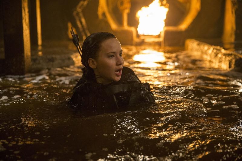 The Hunger Games 3 Mockingjay Part 2 Katniss Jennifer Lawrence En İyi Filmler Sinema Kanvas Tablo