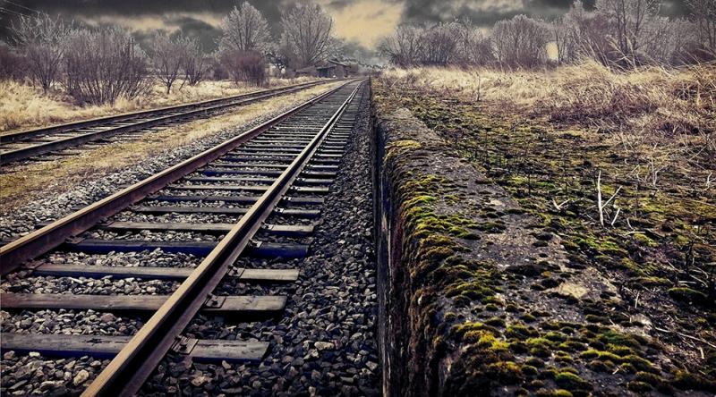 Tren Rayları Fotoğraf Kanvas Tablo