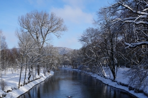Tuna Nehrinda Kar Doğa Manzaraları Kanvas Tablo