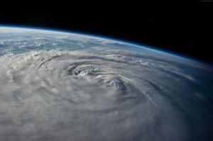 Uzaydan Dünya Kasırga Görünümü Dünya & Uzay Kanvas Tablo