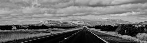 Uzun Yol Siyah Beyaz Panaromik Kanvas Tablo