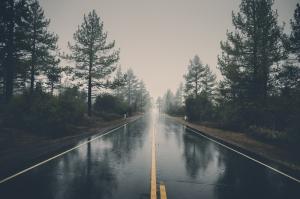 Yağmurlu Yol Fotoğraf Kanvas Tablo