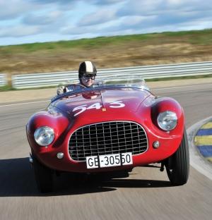 Yaris Arabalari Antika Klasik Otomobiller 2 Eski Efsane Arabalar Araclar Poster Kanvas Tablo