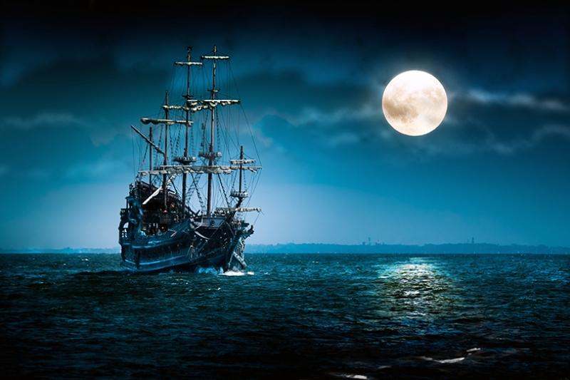 Yelkenli Gemi Gece Manzarası Dolunay Kanvas Tablo