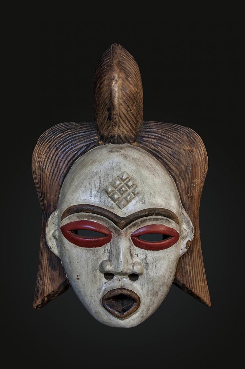 Yerli Maske Fotoğraf Kanvas Tablo